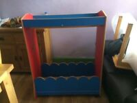 Children's dressing up rail and box