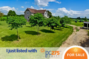 BEAUTIFUL COUNTRY OASIS - Thamesville Area
