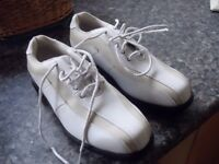LADIES LEATHER GOLF SHOES BRAND NEW SIZE 4.5 ONLY £10