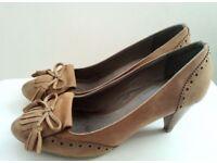 Aldo shoes size 5 (38)