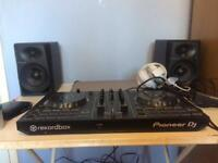 Pioneer DJ Decks (DDJ-RB controller)