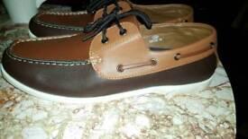 size 12 deck shoes