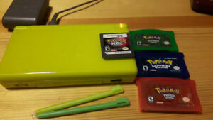Ds lite lime green/4 games