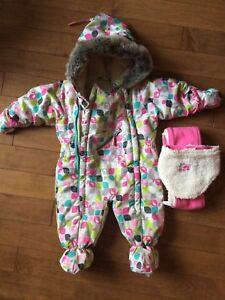 Habit de neige 9 mois fille en parfaite état