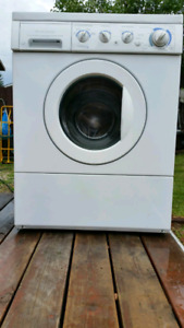 Frigidaire washer with Free Delivery