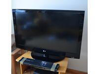 """42"""" LG Full HD TV w/ Wall Bracket"""