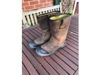 Stanley Rigger Work Boots size 9. Waterproof
