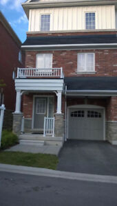 End Unit Townhouse in Markham for Lease - Move in Now!