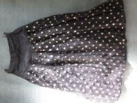 "24"" Waist Vintage Black and Gold Net Skirt"