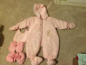 Girl snow suit - 12-18 months - Never worn