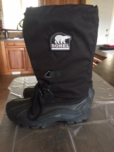 MEN SOREL WINTER BOOTS SIZE 8