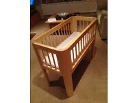 Troll Baby Sun Crib