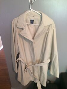 spring/fall coat size 2xl