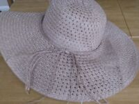 Summer Hat - Beige new but no tags