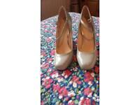 Grey heeled wedges