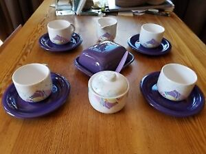 Cheerful retro coffee set