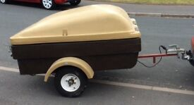 Car Car Trailer, strong plastic and with lockable lid and electrical hook up