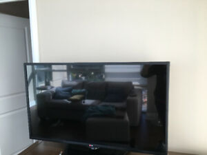 Great picture quality HDTV smart LG