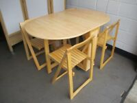 BIRCH EFFECT GATE LEG DROP LEAF DINING TABLE KITCHEN TABLE WITH FOUR INSET FOLDING CHAIRS