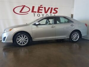 2013 Toyota Camry LE TOIT MAGS