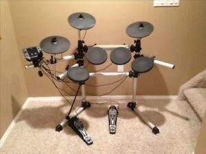 Drum batterie electronique tout inclut avec 3 cymbales pedales