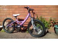 For sale bike for girls 6-8 years old very good conditions