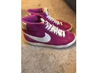 Size 4 Nike blazers excellent condition worn once