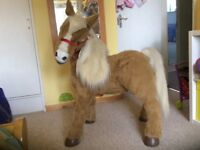 Beautiful Fur Real friends Butterscotch Pony for sale in excellent condition