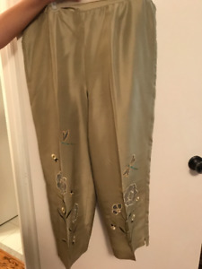 SILK WOMENS EMBROIDERED PANTS