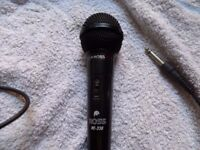 ross re-338 dynamic microphone