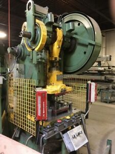 BROWN BOGGS 60 TON OBI PUNCH PRESS