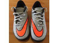 Nike - Hypervenom Kids Football Shoes