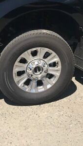 F550 Lariat Rims and Tires