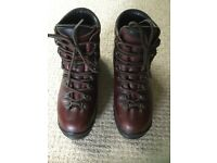 Scarpa Women's Leather walking/Hiking Boots, Vibram sole, UK 8, made in Italy