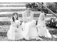Award Winning female Wedding Photographer available for national/international wedding photography.