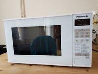 Microwave oven Panasonic NN-E271WM