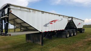 Used 2017 Berg's Super B Grain Trailer