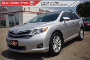 2014 Toyota Venza XLE - Leather and Panoramic Roof