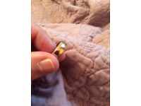 9ct gold wedding band patterned edged