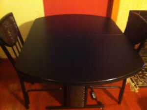 Black Dinning Table with 2 Chairs
