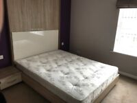 *AMAZING DOUBLE ROOM FOR RENT*