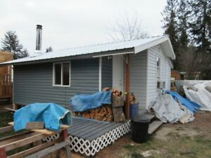 backyard cabin for rent. Will rent daily, weekly or monthly.