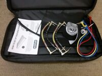 Pedaltrain Mini pedalboard + case (includes 7 fx pedal connector cables – only used a few times