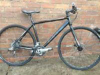Boardman cb comp road hybrid bike with disc brakes
