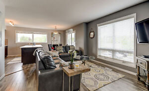 Modern Furnished Townhouse in Sherwood Park!