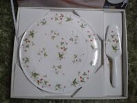 Cake serving plate with cake slicer, white china with elegant strawberry pattern