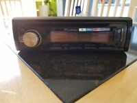 FOR SALE PIONEER RADIO/CD PLAYER ONLY 6 MONTHS OLD £25