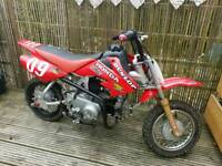 Crf 50cc Chinese copy small pit bike full working order new chain and rare wheel semi automatic