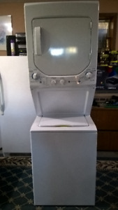 GE Unitized Spacemaker washer dryer unit ( NEED GONE)