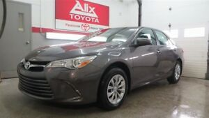 2017 Toyota Camry LE - Neuf